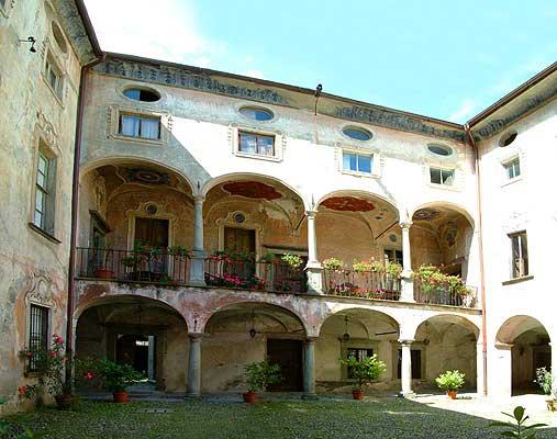 palazzo merizzi a Tirano