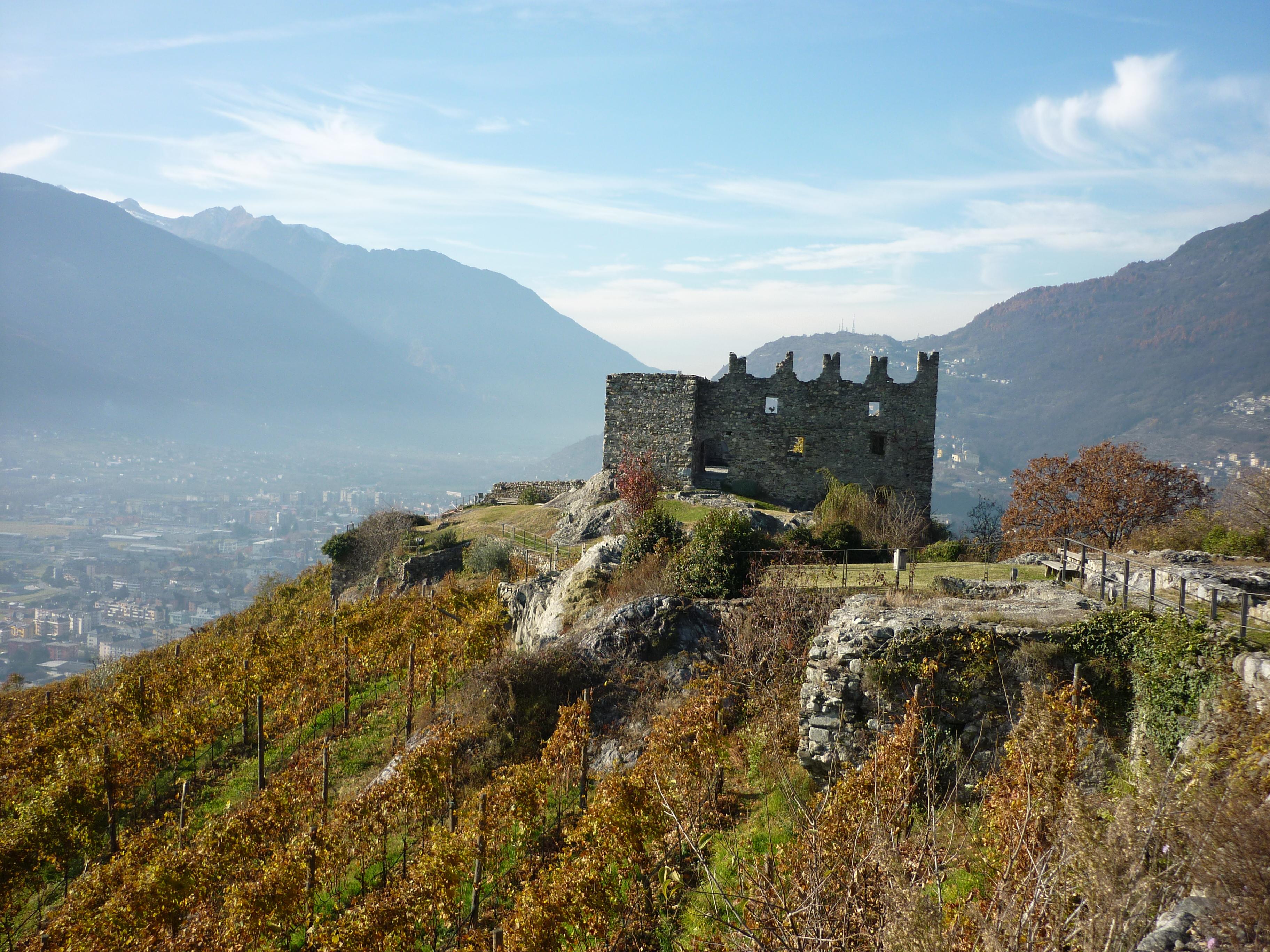 castel grumello in Valtellina